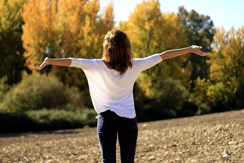 Se sentir bien dès le matin : respirer profondément