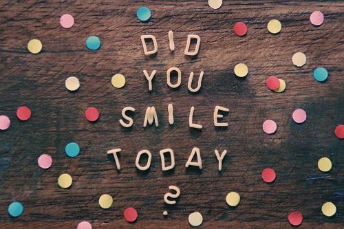 Se sentir bien dès le matin : sourire