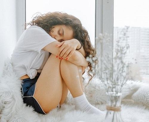 Aprendre à se reconnecter à son cycle menstruel pour vivre en harmonie avec son cycle féminin